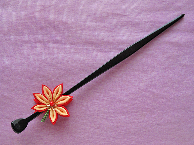 Maple Leaf Kanzashi
