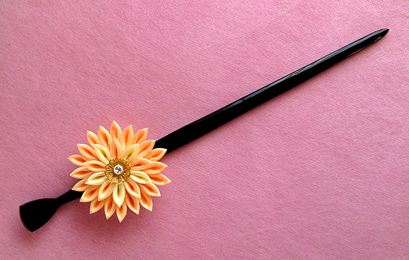orange hira kanzashi