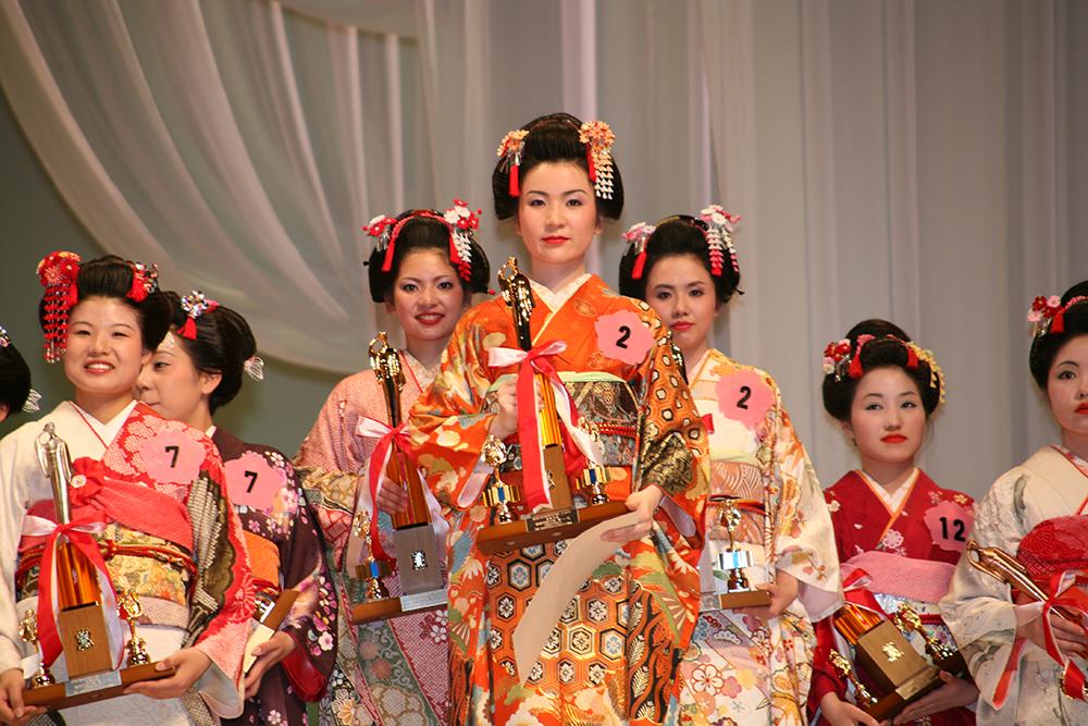 全日本きもの装いコンテスト 池坊お茶の水学院の皆様